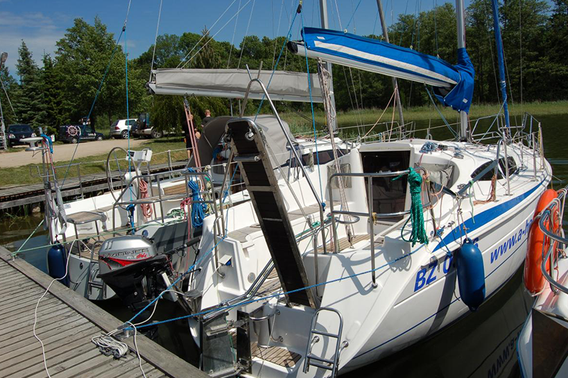 Czarter Jachtu Tes 28 Magnam Mazury